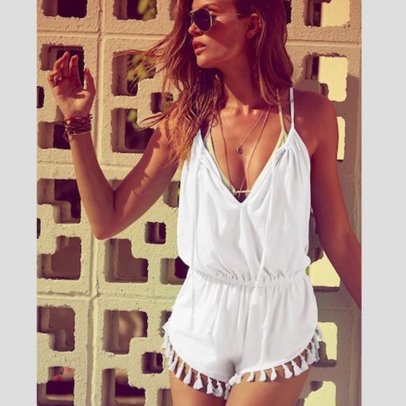 17184b8cbd9 Victoria s Secret bathing suit cover up romper. M 5b6b0a7ca31c330be5fa16f6
